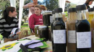 dulces y licores en feria villa lia areco